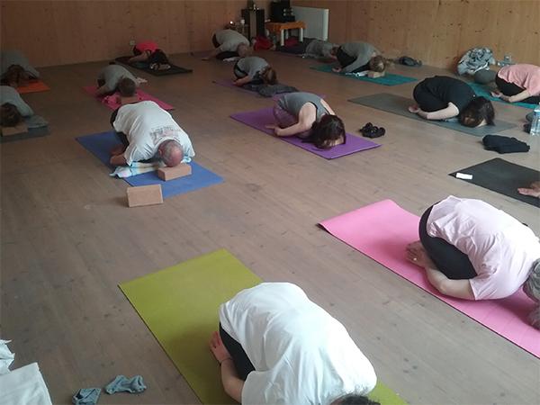 cours yoga posture enfant